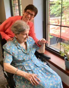 Sister Coletta Adelsberg volunteering at Concordia at Villa St. Joseph