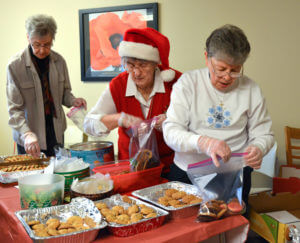 Sisters pack Christmas 'goodie bags' for those at the Beaver County Jail